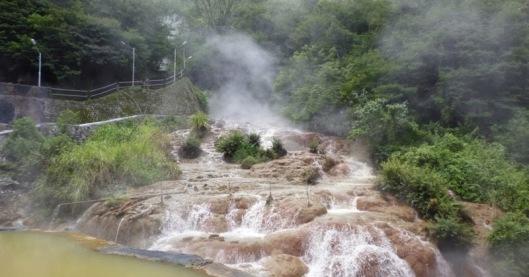Manfaat Air Belerang untuk Kulit dan Wajah